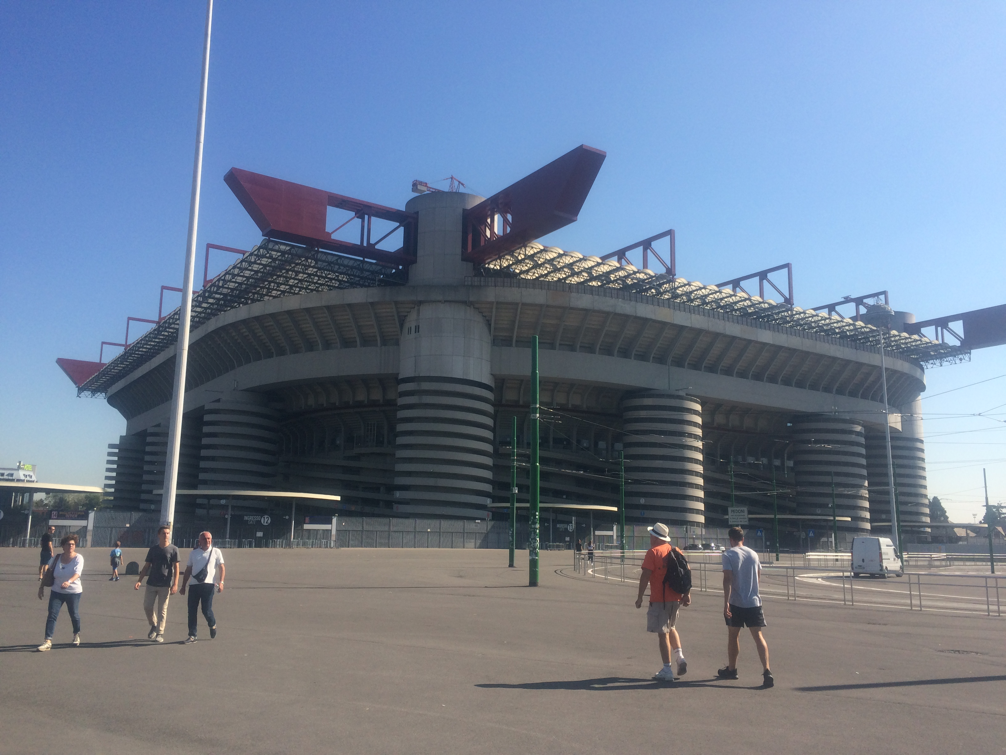 Dad's Guest Blog: Day 75: Milan rest day – Bath to Rome